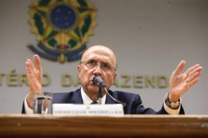 PEC do Teto é principal medida econômica defendida por Meirelles
